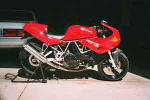 1993 Ducati 750