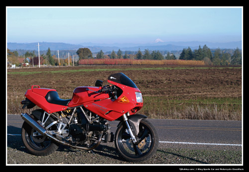 1993 Ducati 750 Fall Oregon