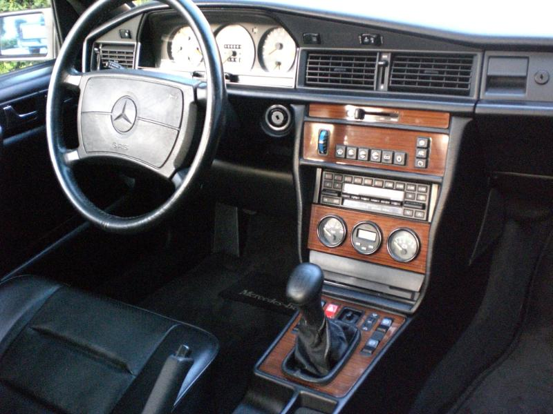 1987 Mercedes 190 2.3-16 For Sale Interior