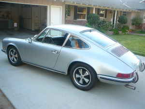 1970 Porsche 911 For Sale in Silver on Black