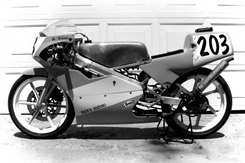 alex_rs125_black_and_white_2