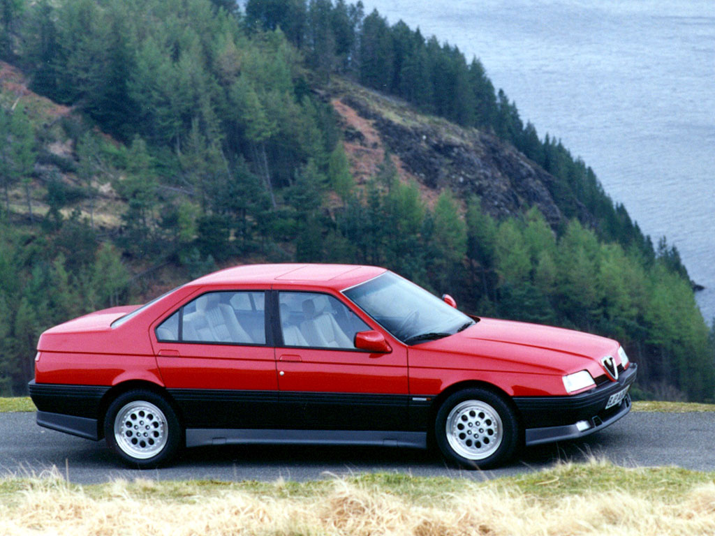 it s official the alfa romeo 164 q4 is one sexy 90 s. Black Bedroom Furniture Sets. Home Design Ideas