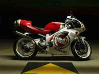 1998 Suzuki RGV 250 SP Lucky Strike Replica in Washington